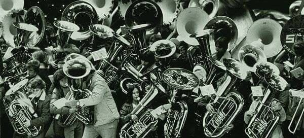 23167938 1645406478813623 5756363548381010937 n 600x272 - K Town Funky Horns Play Champagne Charlies