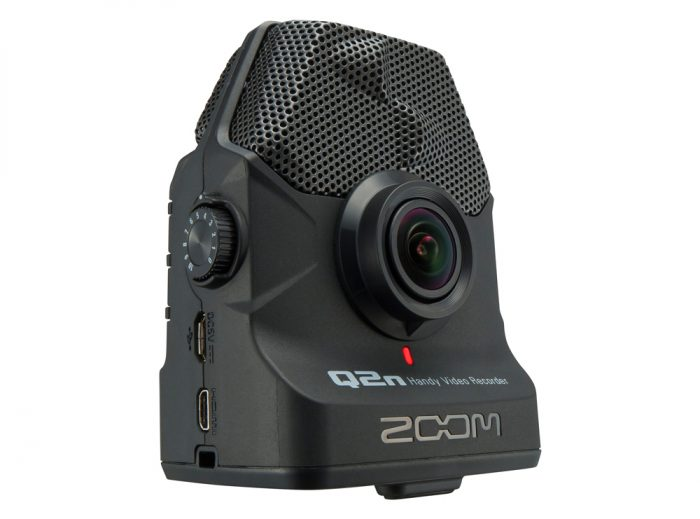 ZOQ2N 1 700x519 - Zoom Q2n Handy Video Recorder