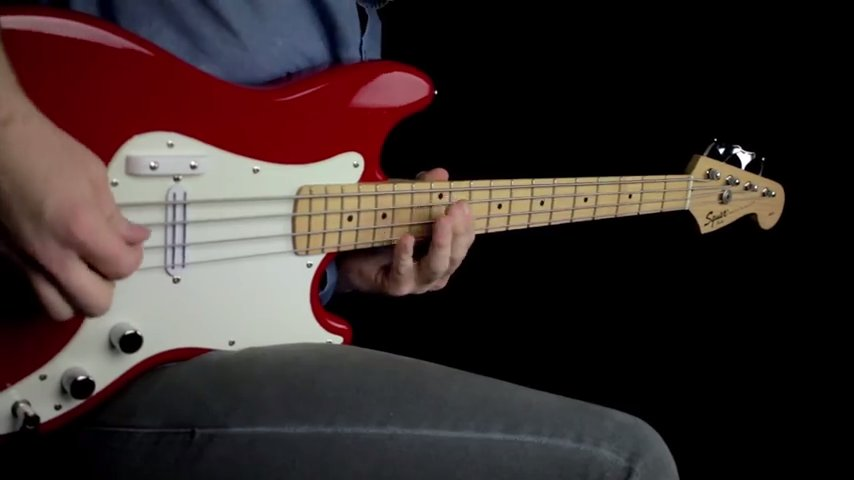 Short Scale Squire Bronco Bass