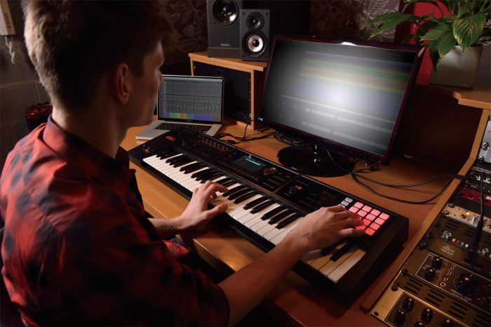 fa 06 studio gal 700x466 - Roland FA-06 Music Workstation