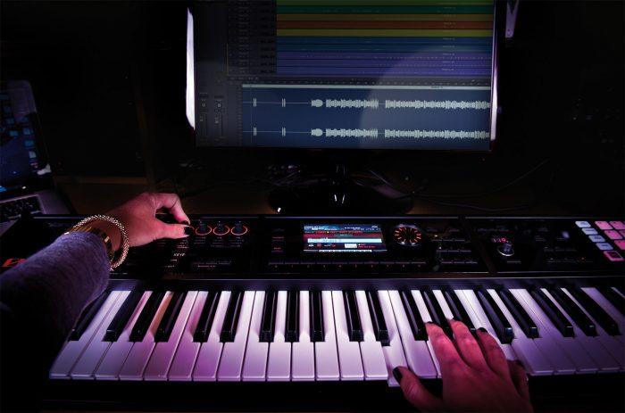 fa 06 studio hands gal 700x463 - Roland FA-06 Music Workstation