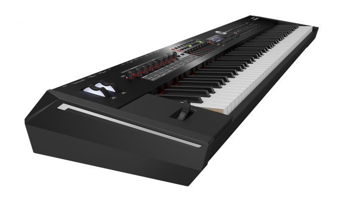 rd2000 2 1 700x420 - Roland RD-2000 Stage Piano