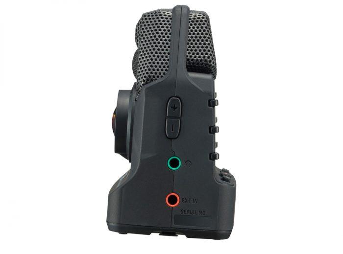 ZOQ2N 3 700x519 - Zoom Q2n Handy Video Recorder