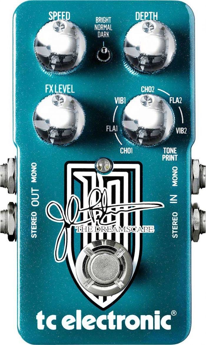 the dreamscape front 700x1173 - TC Electronic Hall of Fame 2 Reverb Pedal