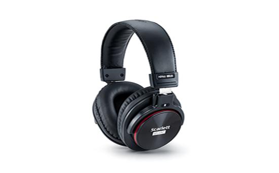 MOSC0031 4 - Focusrite Scarlett Solo Studio USB Audio Interface W/Pro Tools First (Gen 3) Headphones and Condensor Mic
